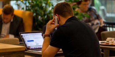Umfrage: Mehr als die Hälfte der Arbeitnehmer fürchtet Jobverlust